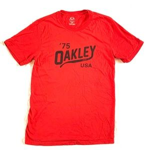Oakley USA Red T-Shirt Size Small